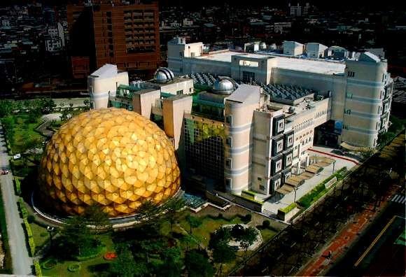 [新聞] 免費帶你出發暢遊宇宙!假日來去台北天文館看磅礡鉅片
